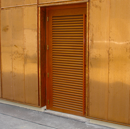 Menuiserie-charpente-hue-porte-coulissante-L500-2